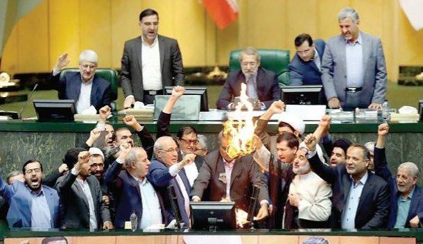 ناگفته هایی درباره حلقه ۵ نفره مخالفان روحانی در مجلس؛ جنگ روانی با اخبار جعلی