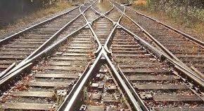 سوت لرزان قطار در ایستگاه سوت و کور شوشتر