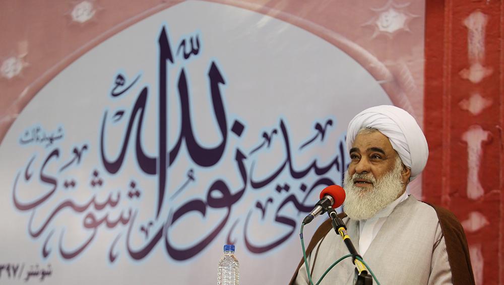 نمازجمعه | سپاه خاری در چشم دشمنان انقلاب است