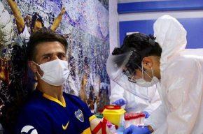 نکند بازیکنان استقلال و فولاد هم در عروسی کرونا گرفتند؟!